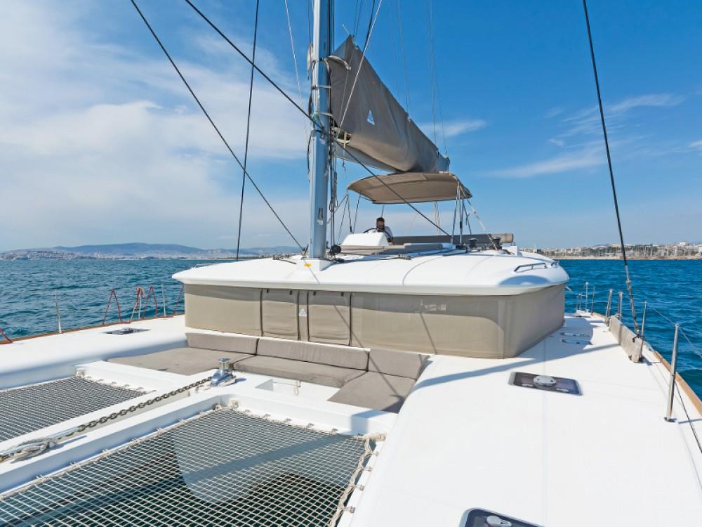 Rental yacht Álimos - Lagoon Lagoon 450 on SamBoat