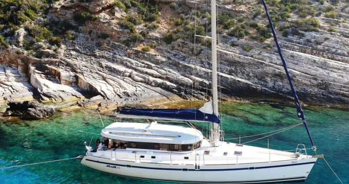 Rental yacht Rogoznica - Dufour Dufour Atoll 6 on SamBoat