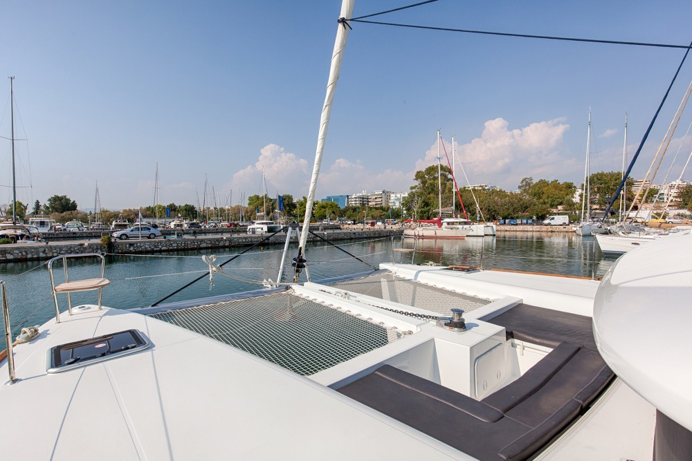 Boat rental Álimos cheap Lagoon 450  Flybridge