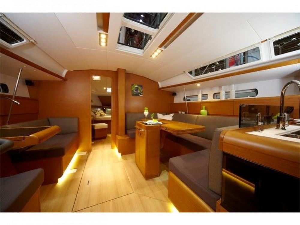 Boat rental Jeanneau Sun Odyssey 449 in Trapani on Samboat