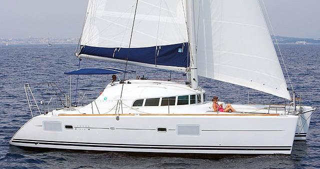 Rental Catamaran in Cagliari - Lagoon Lagoon 410 S2