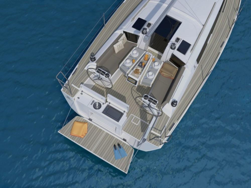 Rental Sailboat in Cagliari - Dufour Dufour 360 Grand Large