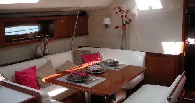 Rental Sailboat in Cagliari - Bénéteau Oceanis 54
