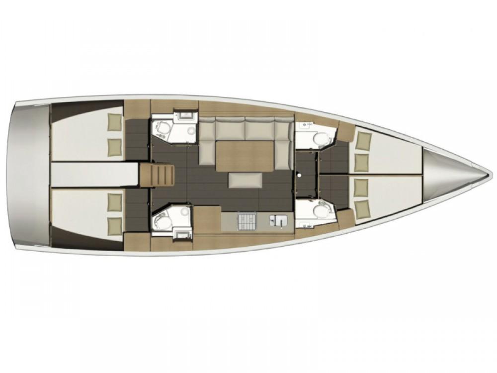 Sailboat for rent Cagliari - Casteddu at the best price
