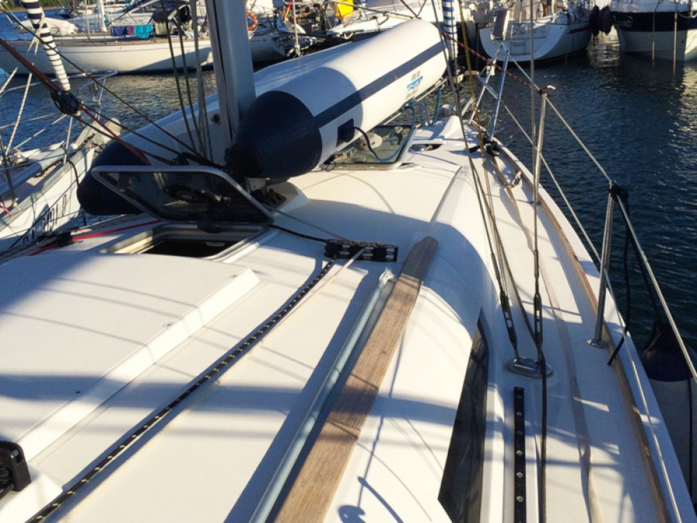 Jeanneau Sun Odyssey 36i between personal and professional Cannigione