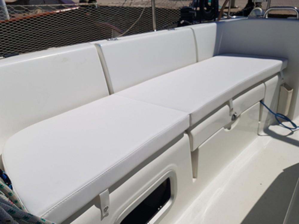 Rental Sailboat in Nettuno - Bénéteau Cyclades 434