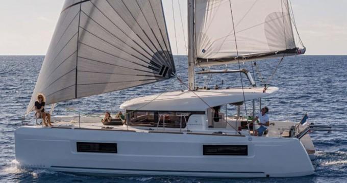 Rental yacht Santa Eulària des Riu - Lagoon Lagoon 40 on SamBoat