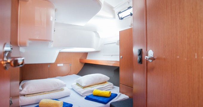 Boat rental Trogir cheap Cruiser 51