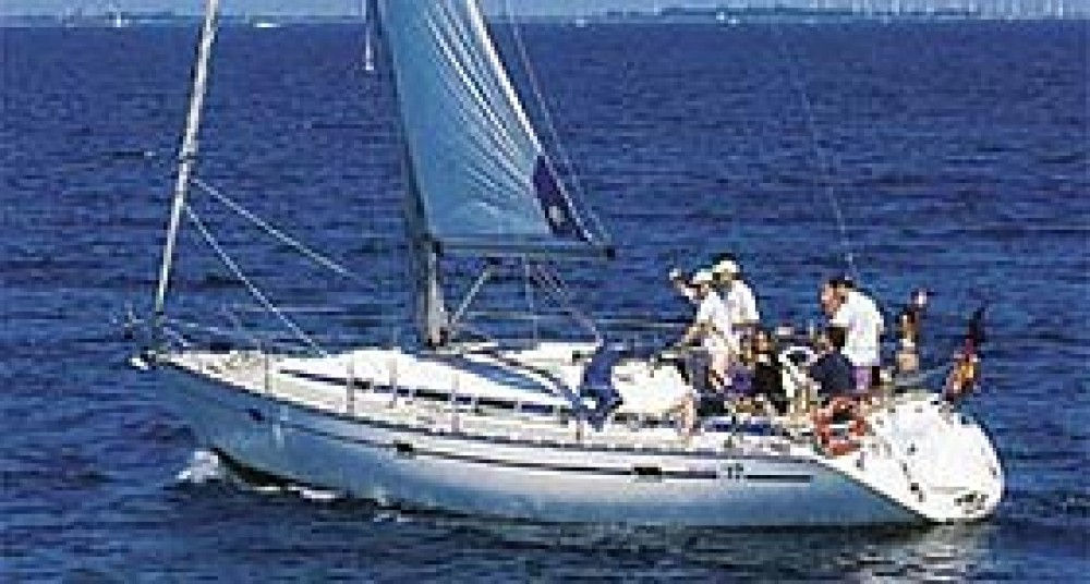 Boat rental Bavaria Bavaria Cruiser 37 in Dubrovnik on Samboat