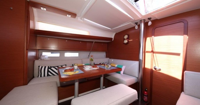 Rental Catamaran in  - Lagoon Lagoon 420