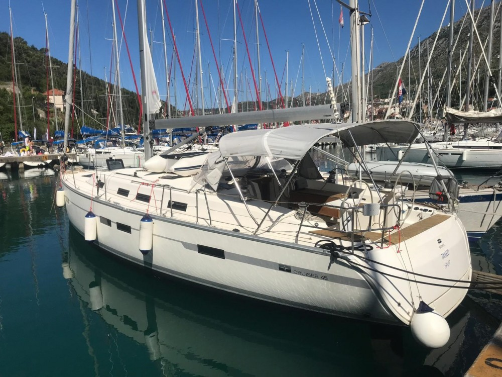 Boat rental Bavaria Bavaria Cruiser 45 OW. in Komolac on Samboat
