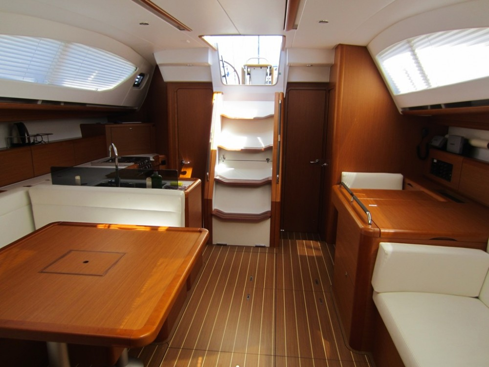Jeanneau Sun Odyssey 50DS between personal and professional Trogir