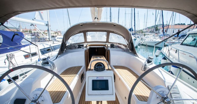 Boat rental Bavaria Cruiser 34 in Dubrovnik on Samboat