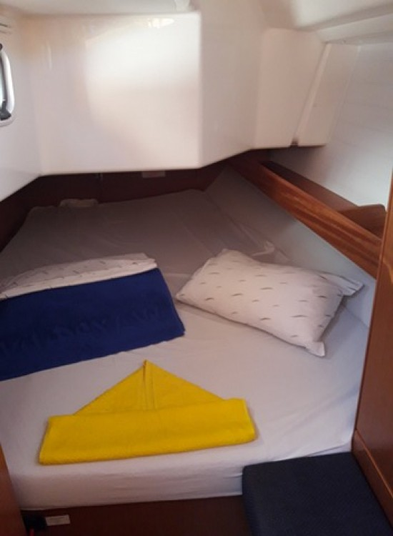 Boat rental  cheap Bavaria Cruiser 34