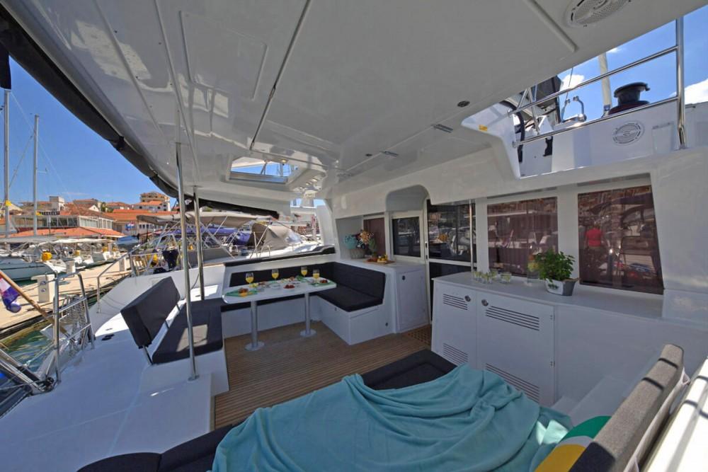 Rent a Lagoon Lagoon 450 FLY ACI Marina Trogir