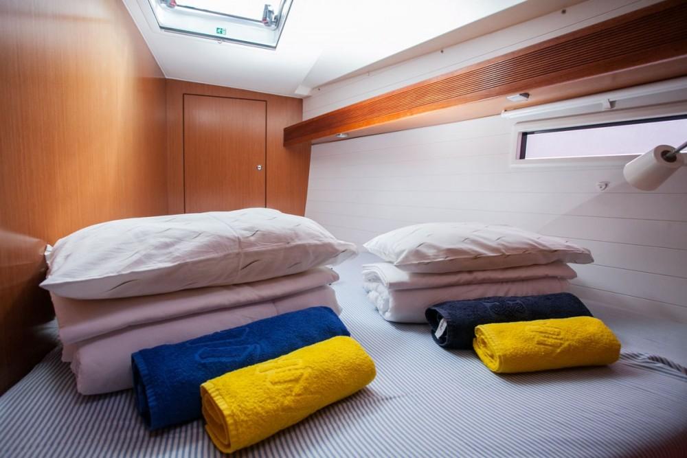 Rental yacht ACI Marina Trogir - Bavaria Bavaria Cruiser 45 on SamBoat