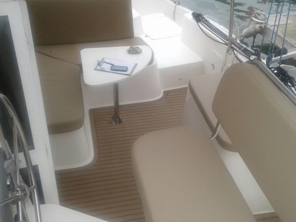 Rental yacht Paraty -  Catflash 35 on SamBoat