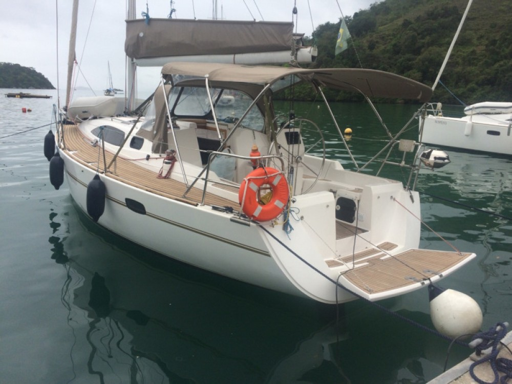 Wind 34 between personal and professional Paraty