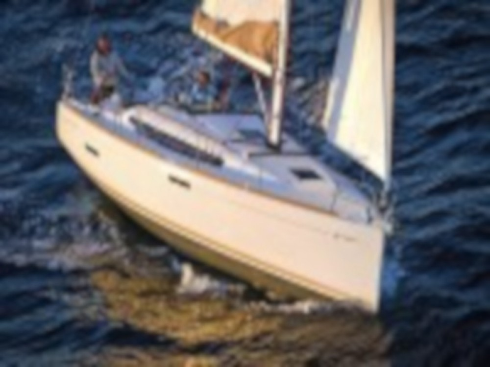 Hire Sailboat with or without skipper Jeanneau Paraty