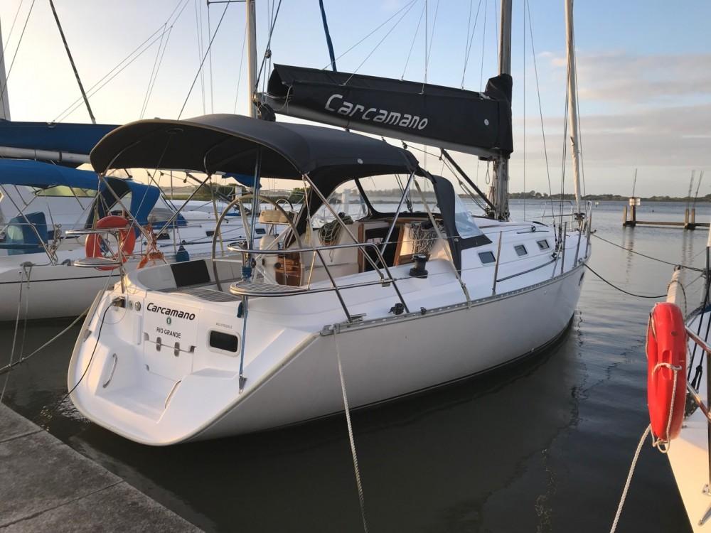 Rental yacht Paraty -  Delta 36 on SamBoat