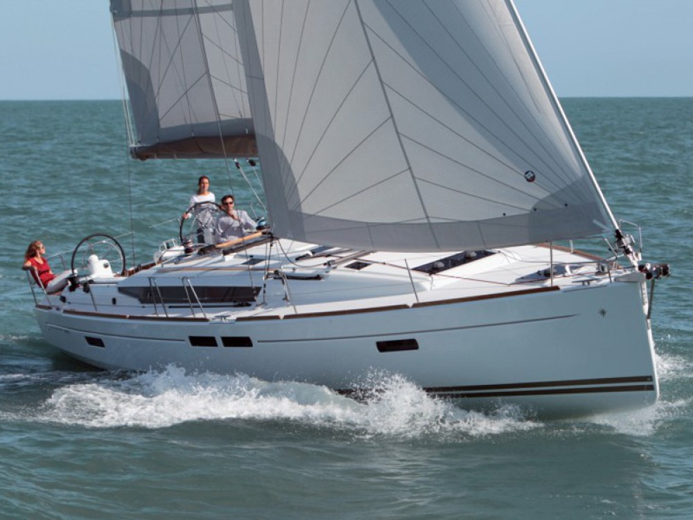 Boat rental  cheap Sun Odyssey 469