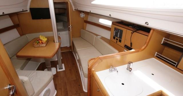 Boat rental  Wind 34 in  on Samboat