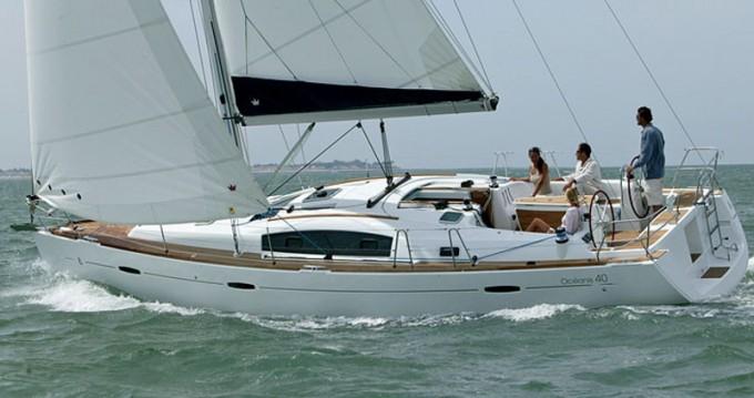 Rental yacht Paraty - Bénéteau Oceanis 40 on SamBoat