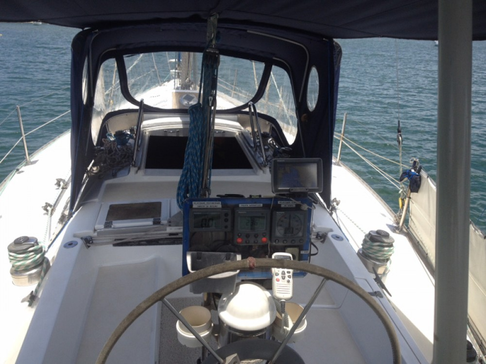 Rental yacht Angra dos Reis -  Velamar 38 on SamBoat