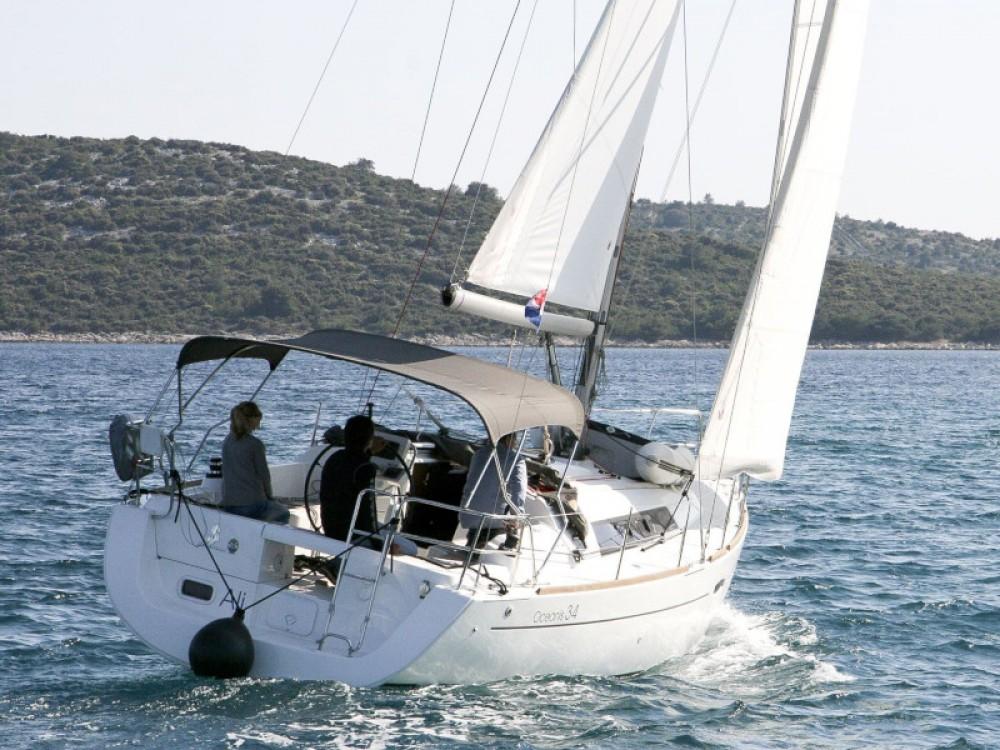 Rental Sailboat in Pula - Bénéteau Oceanis 34