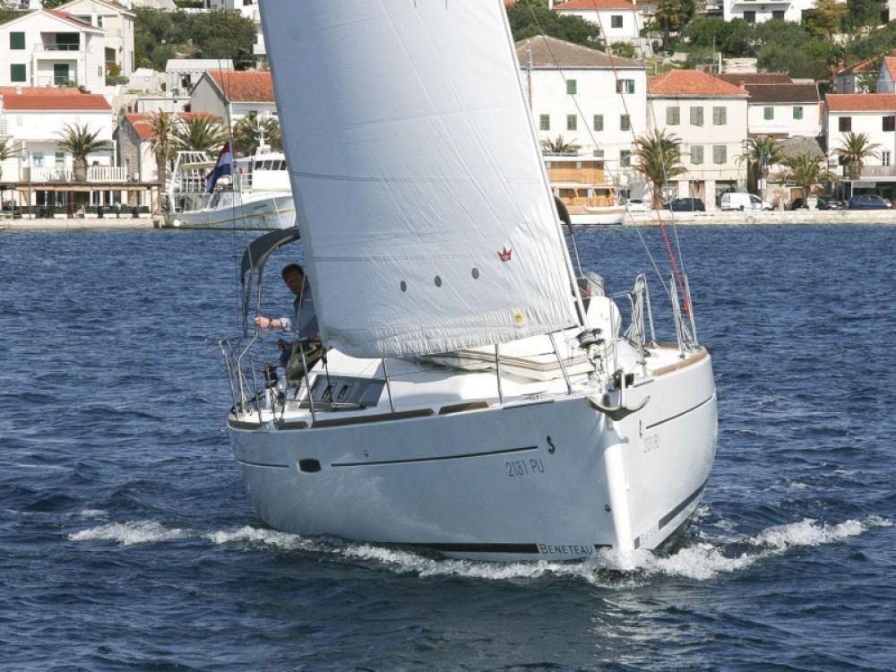 Rental yacht Pula - Bénéteau Oceanis 34 on SamBoat