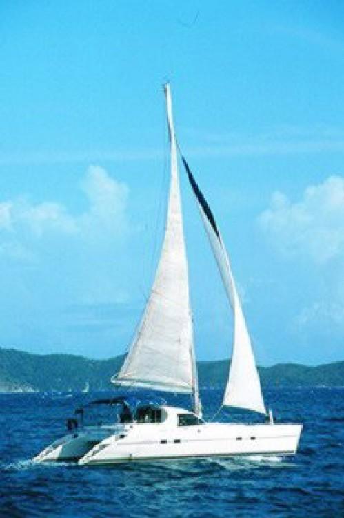 Rental Catamaran in Rogosnizza - Lagoon Lagoon 42 - 3 cab