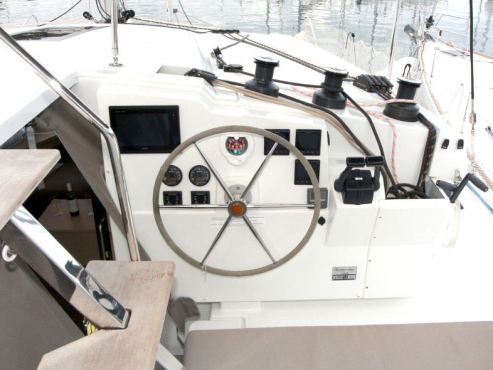 Fountaine Pajot Lucia 40 - 3 cab between personal and professional Pula