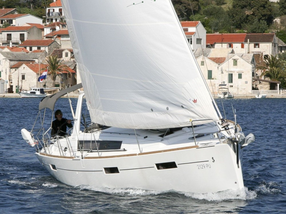 Rental yacht Rogoznica - Bénéteau Oceanis 41 on SamBoat