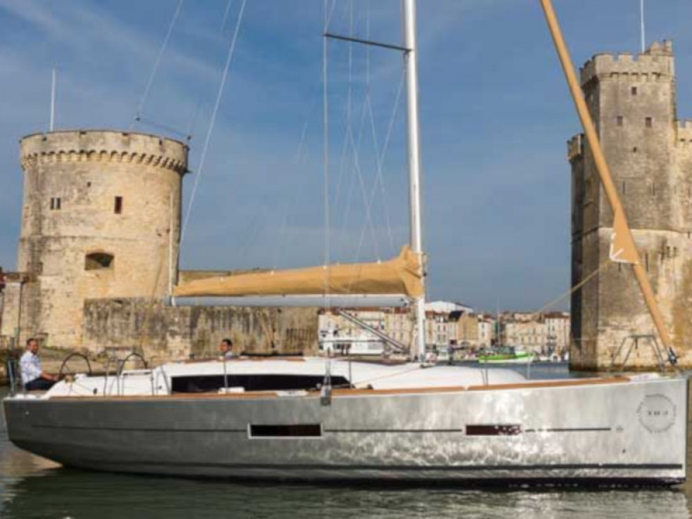 Rental yacht Pula - Dufour Dufour 382 Grand Large - 2 cab on SamBoat
