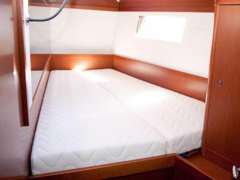 Boat rental Bénéteau Oceanis 48 in Krk on Samboat