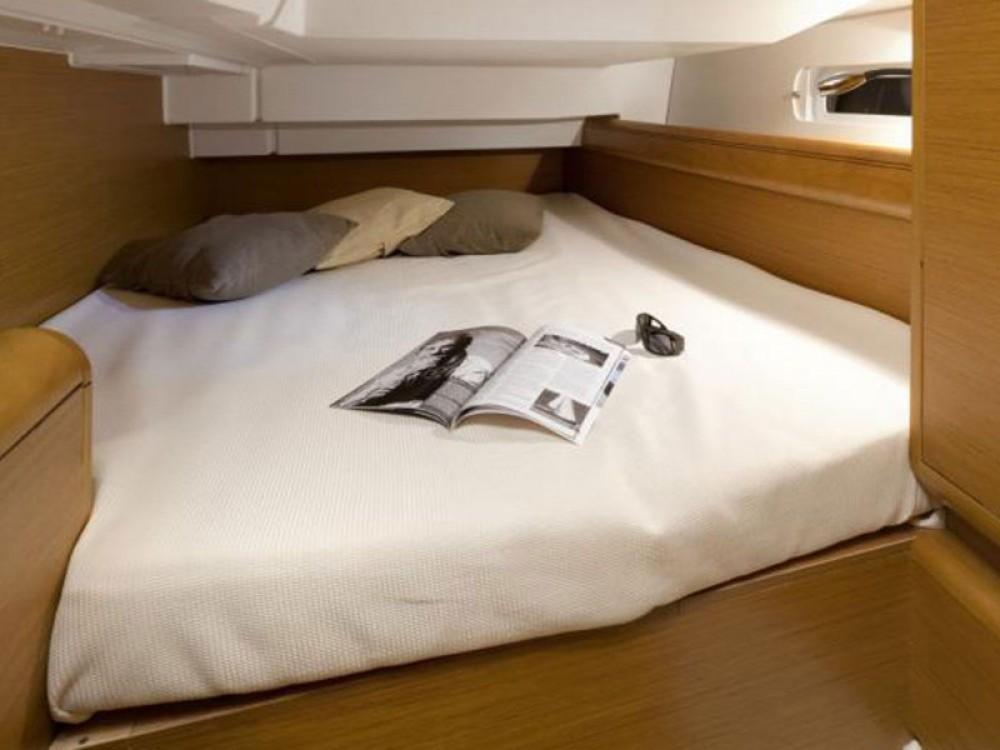 Rental yacht Rogoznica - Jeanneau Sun Odyssey 419 on SamBoat