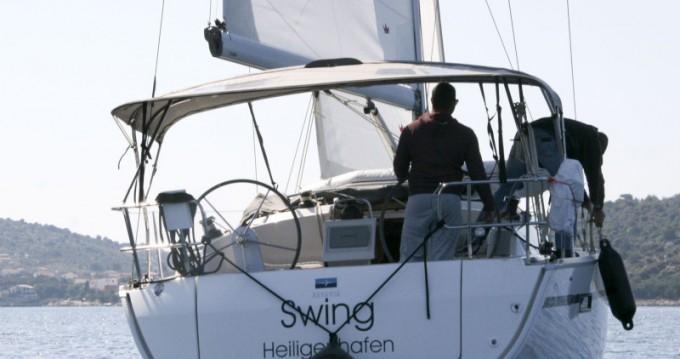 Rental yacht Rogoznica - Bavaria Bavaria Cruiser 37 - 2 cab on SamBoat