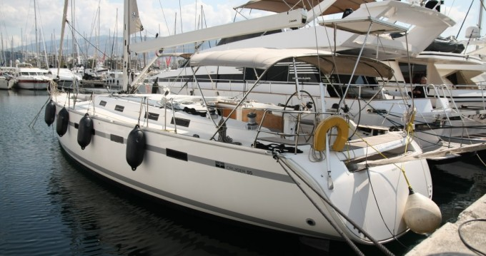 Hire Sailboat with or without skipper Bavaria Salamina