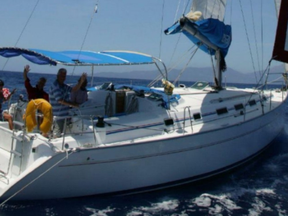 Boat rental Bénéteau Cyclades 434 in Δήμος Βόλου on Samboat