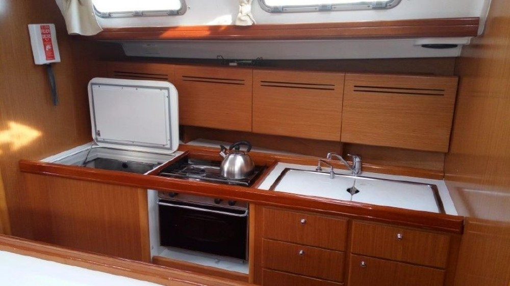 Boat rental Volos cheap Cyclades 50.5