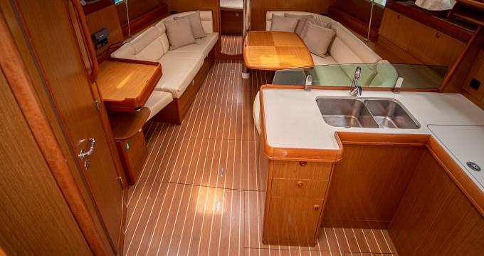 Boat rental Jeanneau Sun Odyssey 42 i Performance in Volos on Samboat
