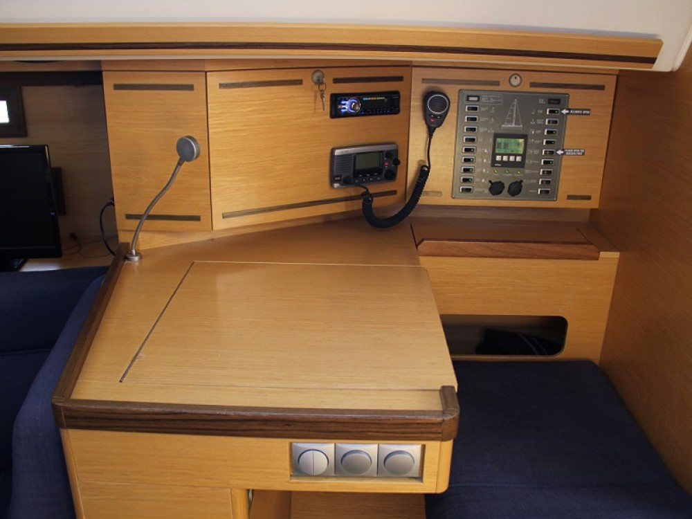 Rental yacht Laurium - Elan Elan 444 Impression on SamBoat