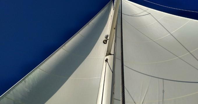 Boat rental Elan Elan 444 Impression in Λαύριο on Samboat