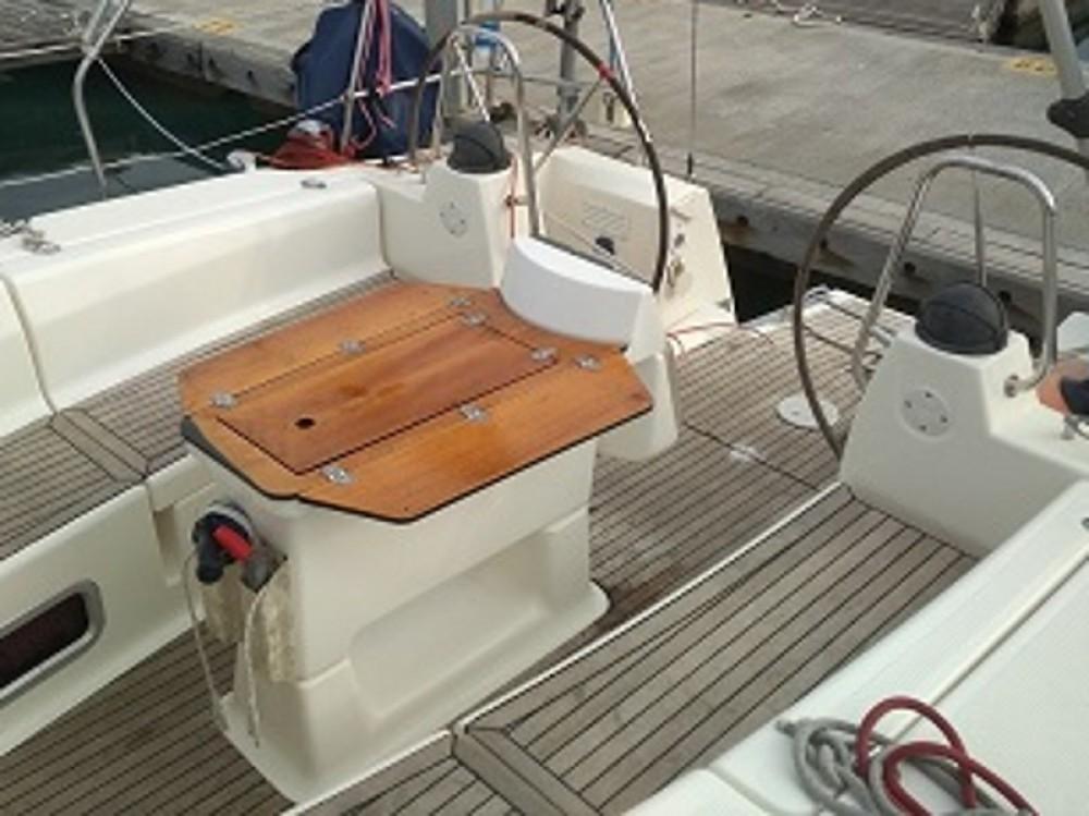 Boat rental Laurium cheap Bavaria 40 Cruiser