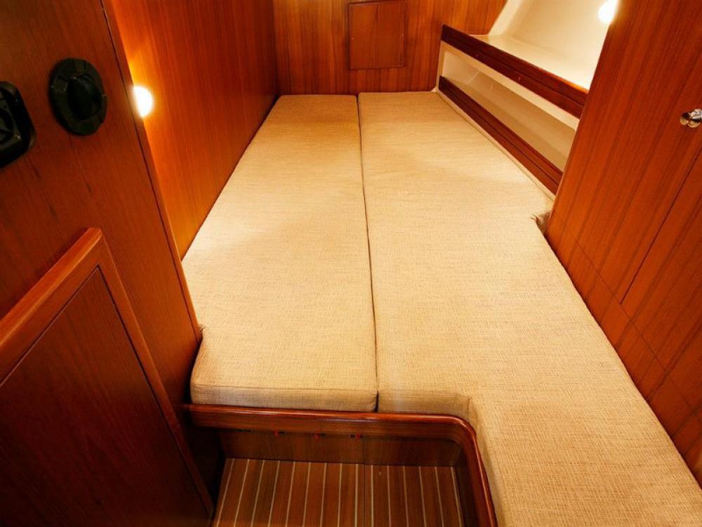Boat rental  cheap Ocean Star 51.2