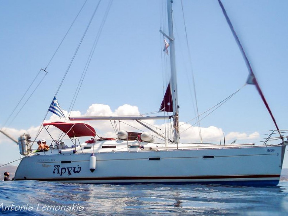 Hire Sailboat with or without skipper Bénéteau Áno Sýros