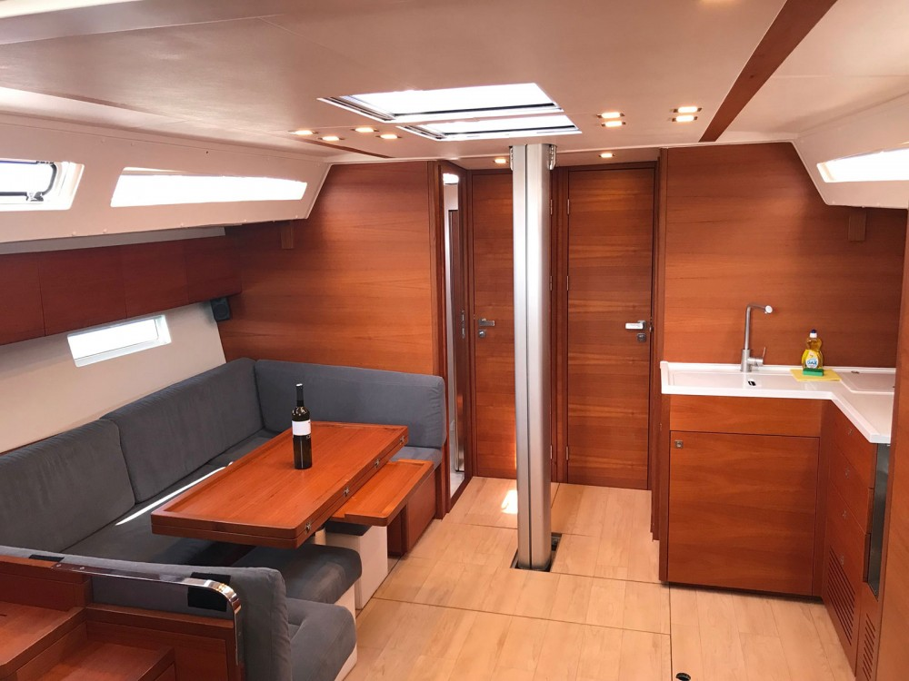 Hire Sailboat with or without skipper More Kaštel Gomilica