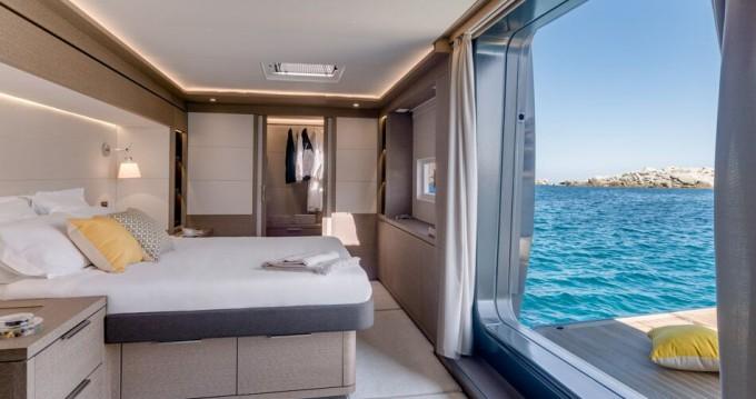 Rental yacht Kaštel Gomilica - Lagoon Lagoon Seventy 7 on SamBoat