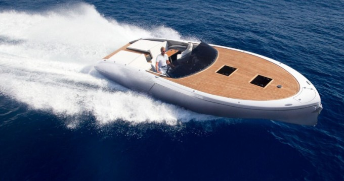 Hire Motorboat with or without skipper  Kaštel Gomilica