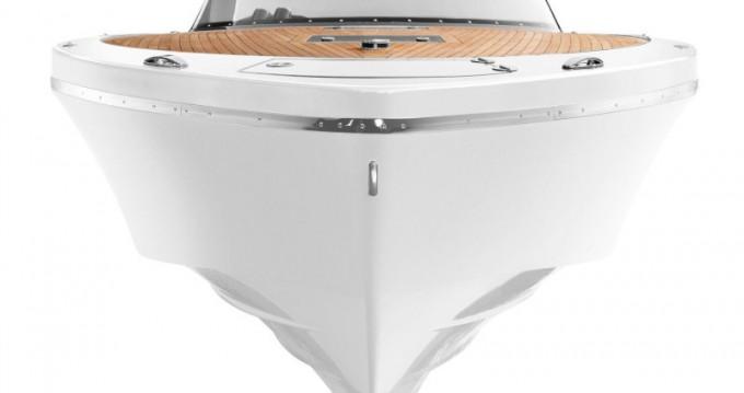 Boat rental  Frauscher 1017 GT in Kaštel Gomilica on Samboat
